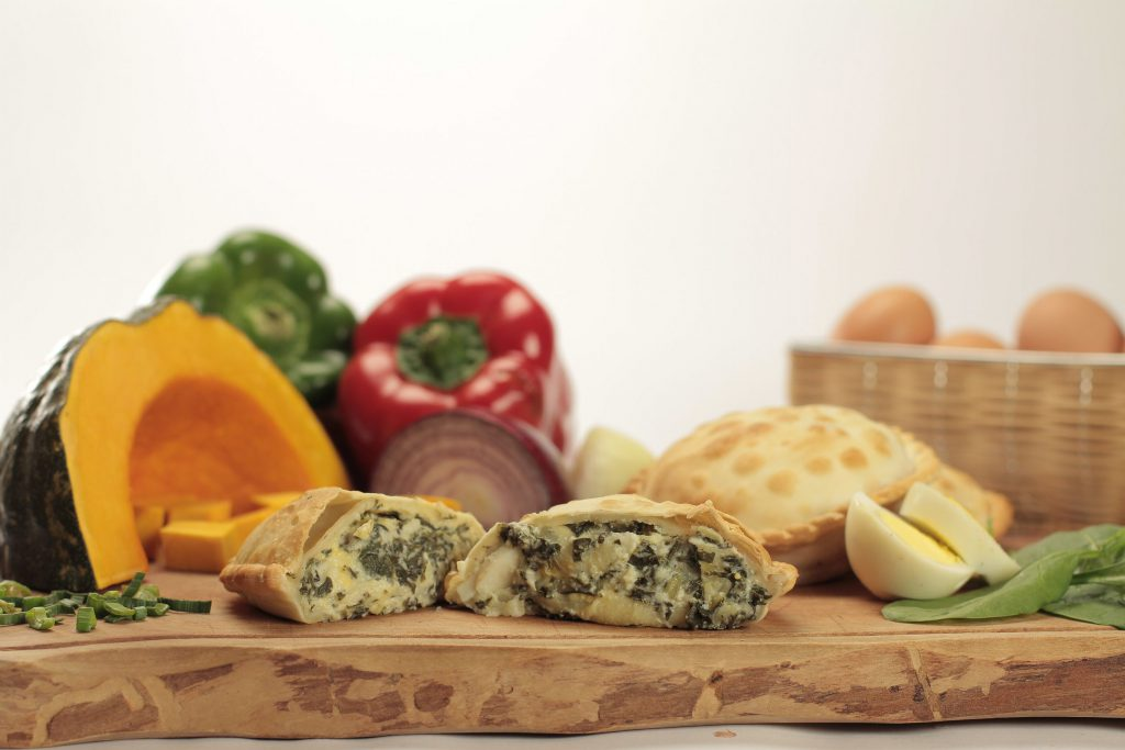 Empanada vegetariana de verdura morrón calabaza cebolla y huevo de Cumen Cumen